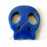 Calavera plana howlita 25x28x4 mm color azul