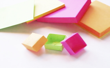 Modelos de figuras en origami con notas post it